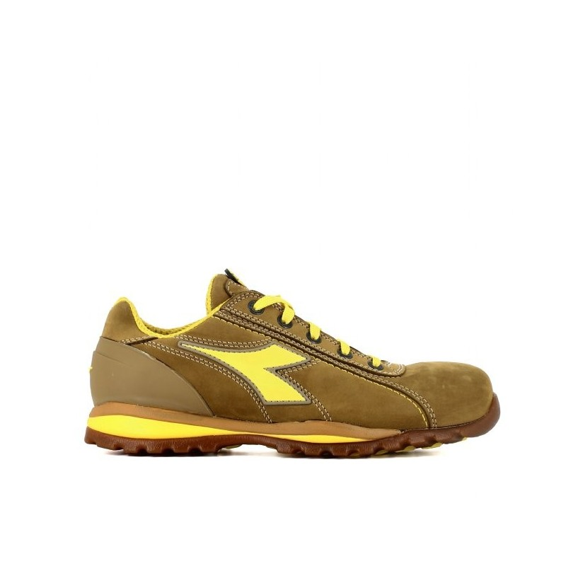 Chaussure de securite diadora glove s3 beige 86,33€HT LISASHOES