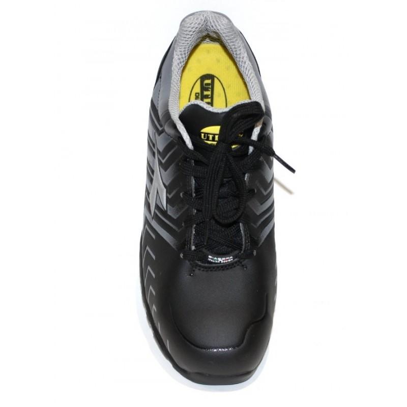 chaussure securite homme ultra legere baskets de scurit. Black Bedroom Furniture Sets. Home Design Ideas