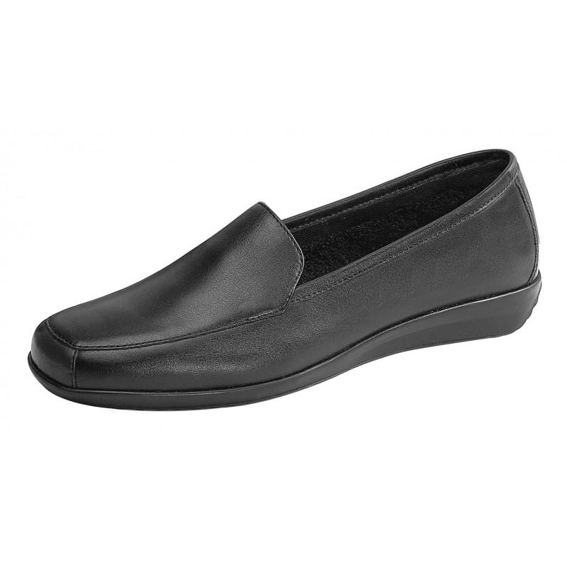 chaussure de confort noire pour femme en restauration. Black Bedroom Furniture Sets. Home Design Ideas